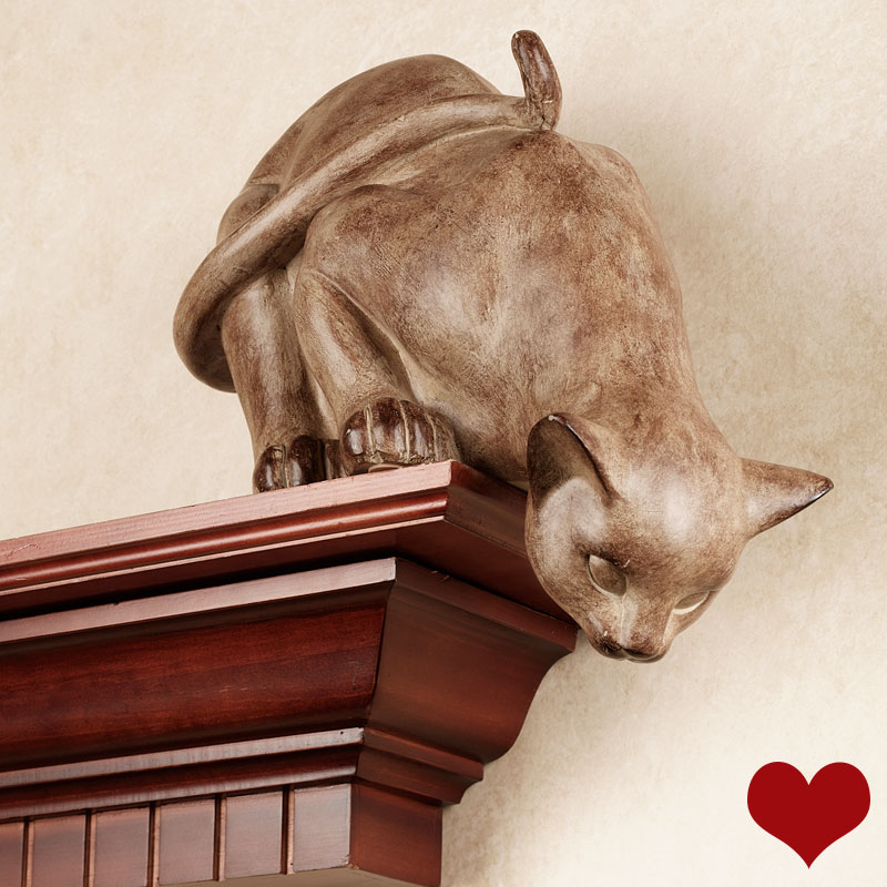 Curious Cat Shelf Sitter