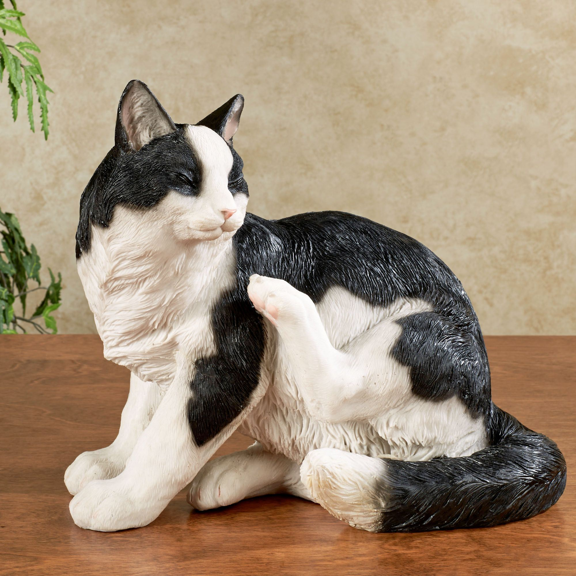 Merlin Cat Sculpture