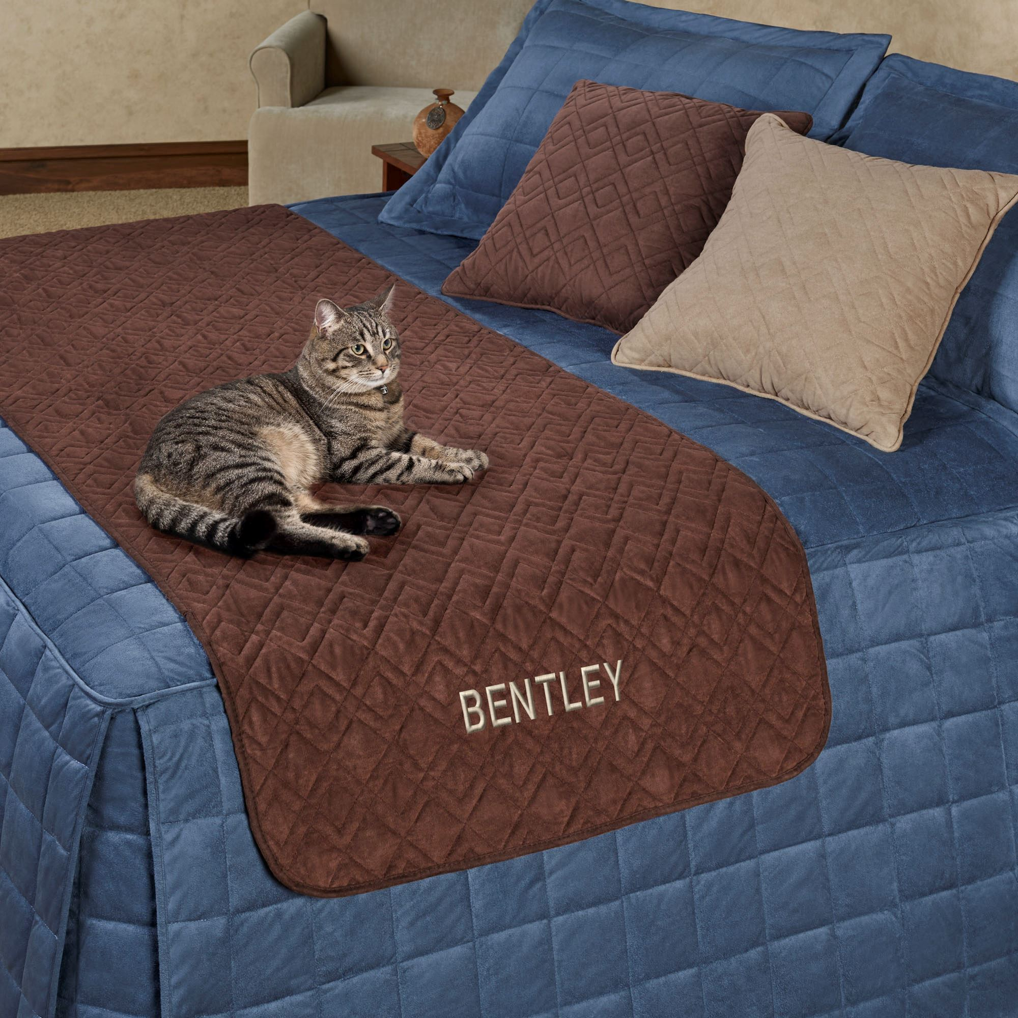 Mason Bed Protector for Pets